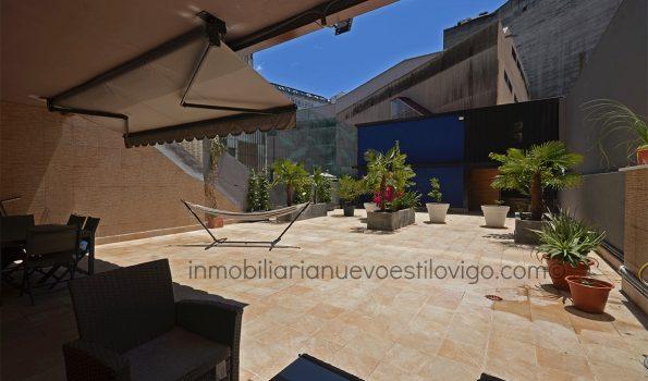 Espectacular vivienda de tres dormitorios con casa de invitados independiente, en pleno centro de la ciudad, C/ Policarpo Sanz_Vigo-zona centro