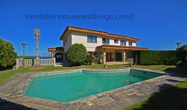 Magnífico chalet con piscina, situado en la carretera cortada de Canido-Vigo_zona playas