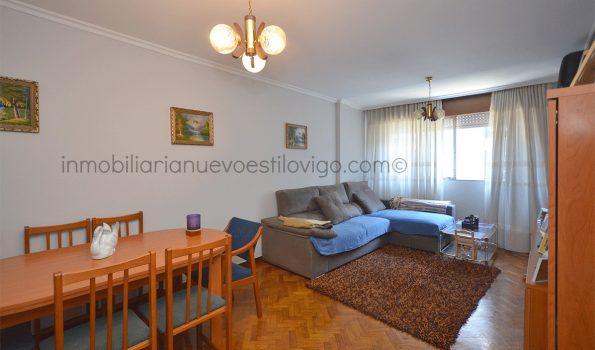 Vivienda de tres dormitorios y plaza de garaje doble, C/ Torrecedeira-Vigo-zona Plaza Juan XXIII