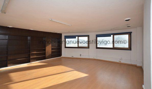 Magnífica oficina entresuelo exterior de 500 m2, C/ Arenal_Vigo-zona centro