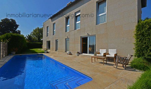Moderno y soleado chalet con piscina y vistas al mar, C/ Doña Fermina-Vigo_zona La Guía