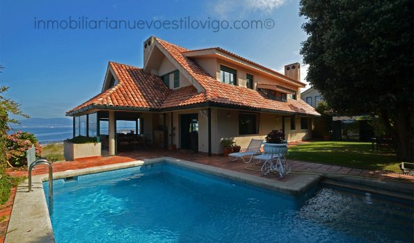 Impresionante chalet con piscina y espectaculares vistas al mar, en la exclusiva isla de Toralla_Vigo-zona playas