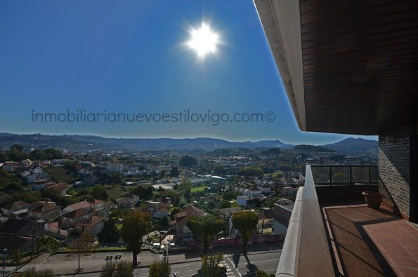 Espectacular piso completamente exterior de 250 m2, en el emblemático edificio El Castañal_Vigo-zona Gran Vía