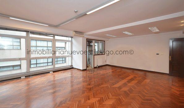 Céntrica y luminosa oficina de 120 m2, C/ Luis Taboada-Vigo_zona centro
