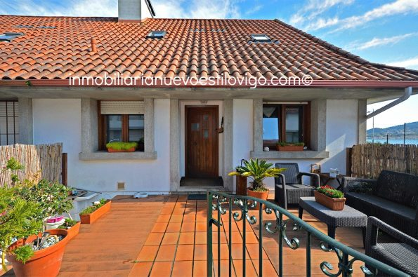 Cómodo chalet adosado de tres dormitorios, situado en urbanización con bonitas vistas al estuario del Miño, Camposancos, La Guardia_zona playas
