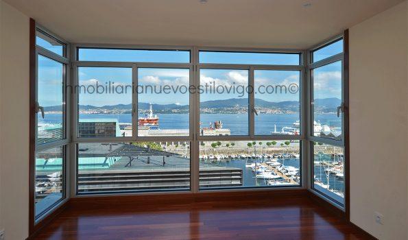 Amplio piso de cuatro dormitorios con espectaculares vistas al mar, C/ Cánovas del Castillo-Vigo_zona marítima centro