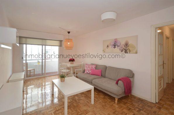 Vivienda de tres dormitorios, con todos los gastos incluidos, y plaza de garaje, en C/Gcía. Barbón_Vigo-zona centro