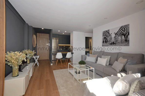 Moderno apartamento de dos dormitorios, con terraza en el edificio Apartuno, C/ Gran Vía-Vigo_zona Traviesas